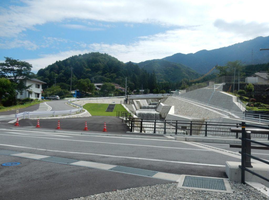 写真 完成後の町道橋