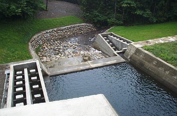 河川・上下水道事業案内・実績本社所在地採用案内
